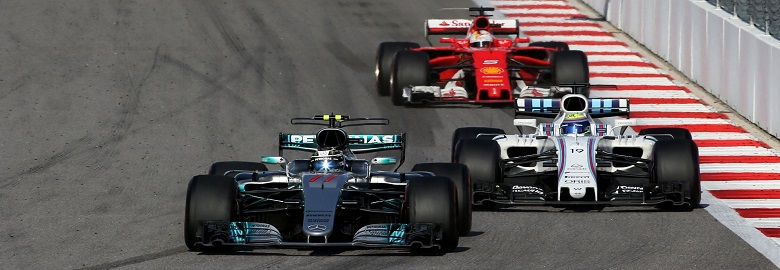 Valtteri Bottas (FIN) Mercedes AMG F1 W08 laps Felipe Massa (BRA) Williams FW40 on the final lap of the race, leading Sebastian Vettel (GER) Ferrari SF70H. 30.04.2017. Formula 1 World Championship, Rd 4, Russian Grand Prix, Sochi Autodrom, Sochi, Russia, Race Day. - www.xpbimages.com, EMail: requests@xpbimages.com - copy of publication required for printed pictures. Every used picture is fee-liable. © Copyright: Charniaux / XPB Images